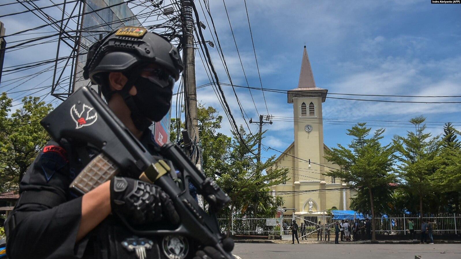 Mengerikan, Inilah Video Detik Detik Bom Bunuh Diri Di Makassar