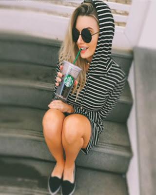 pose sentada tumblr tomando bebida