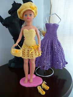 vestidinho de crochê para a Susi do modelo antigo