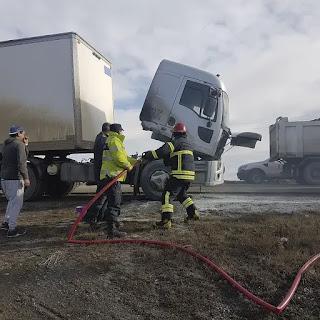 Incendio de camion en la Ruta 3