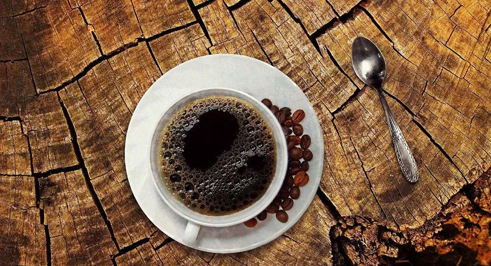 How many cups of coffee can you drink per day and what does it do to the brain? Many of us enjoy a cup or two of coffee throughout the day, but a new study suggests what more coffee can do to the brain.