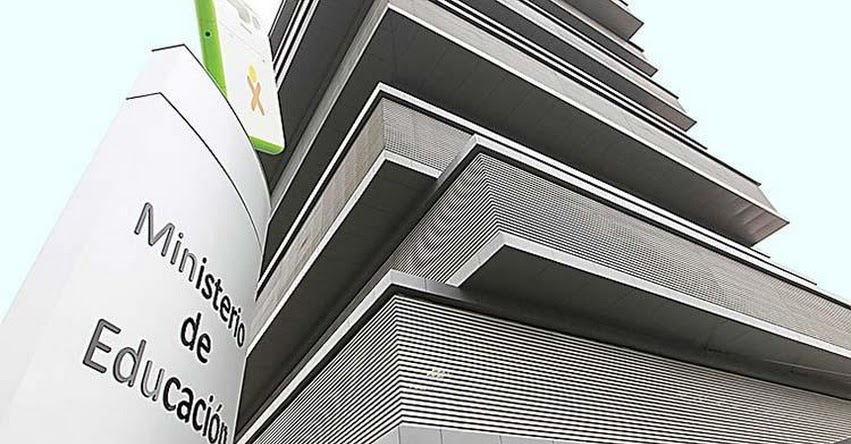 MINEDU evalúa acciones legales contra los que distorsionan el Currículo Nacional - www.minedu.gob.pe