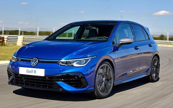 VW Golf R: 4 gerações do topo de gama do hatch reunidos na pista