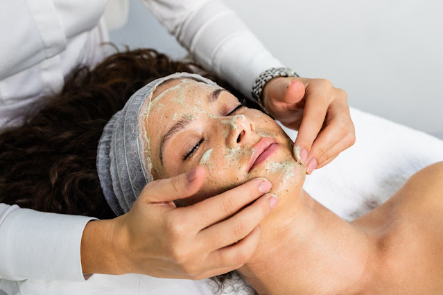 How to Clean Your face according to Dermatologists?