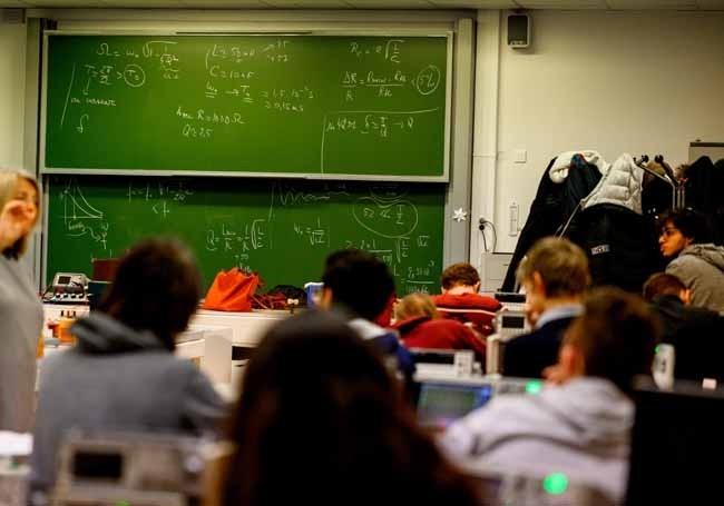 Toulouse : Une enseignante insultée par des élèves pour avoir abordé le sujet du voile