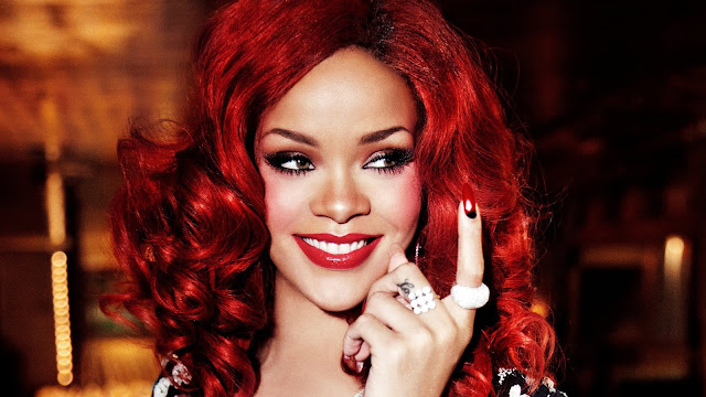 Rihanna Hatin' On The Club feat. The-Dream MP3, Video & Lyrics