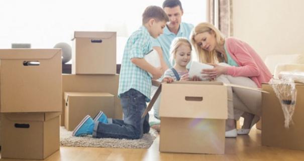 8 Tips Meyakinkan Anak Untuk Pindah Ke Rumah Baru