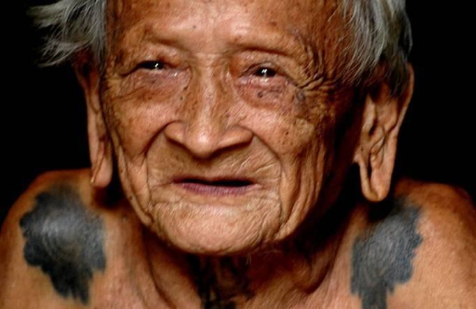 10 Arti Mimpi Bertemu Almarhum Nenek Lengkap Menurut Primbon Jawa