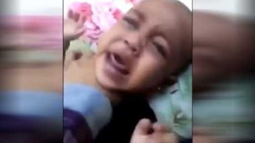تفاصيل الاعتداء على الطفلتين المعنفتين في السعودية وسحبهما من أمهما