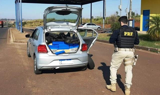 Eldorado-PRF prende homem transportando maconha e skunk em porta-malas de veículo