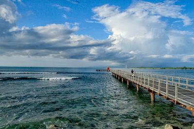 Pesona pantai tanjung lesung banten