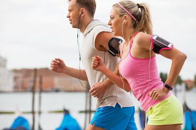 Opaska na telefon – wygoda i komfort podczas treningu