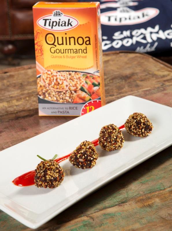 Morcilla Crunch de quinoa con mermelada de pimientos