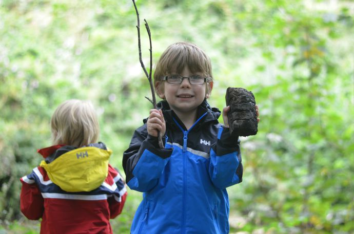 Forest school, helly hansen, rainwear, badger forest school, cornwall