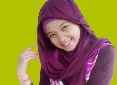 Tips Memakai Hijab Segi Empat Polos Sederhana yang Mudah