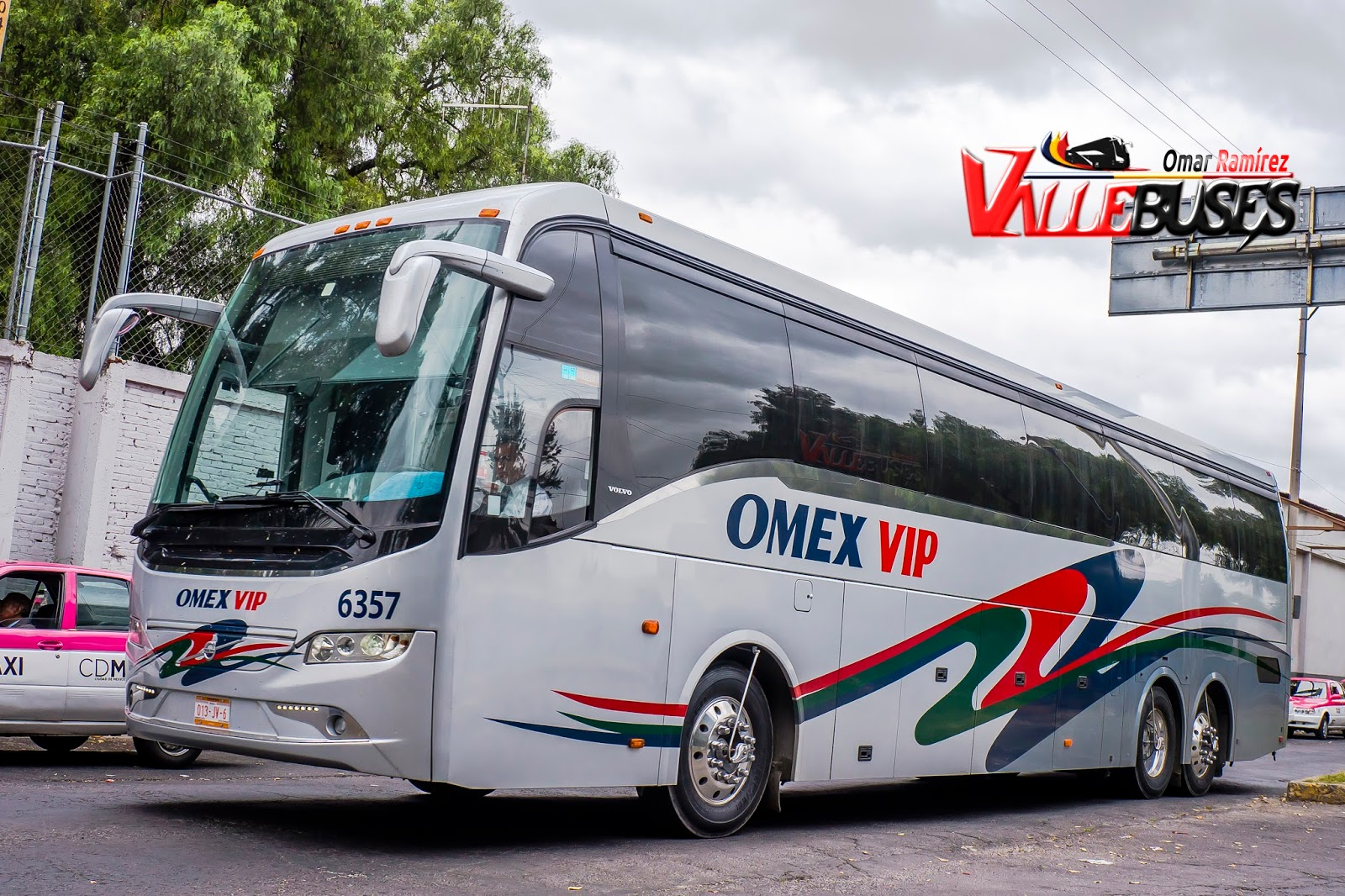 Vallebuses: 03227 - OMEX VIP