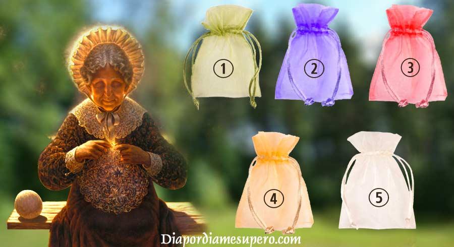 Test: Elige una bolsa para recibir tu regalo de la abuela sabia