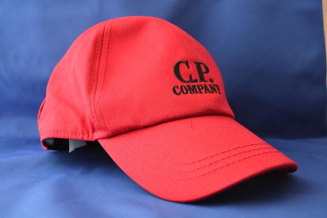C.P.Companyのゴーグル キャップ