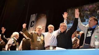 CGT y movimientos sociales salen a la calle para presionar por la ley de emergencia social