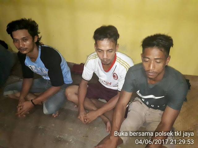 3 Pelaku Pencurian Buah Sawit Diamankan