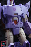 Transformers Kingdom Cyclonus 07