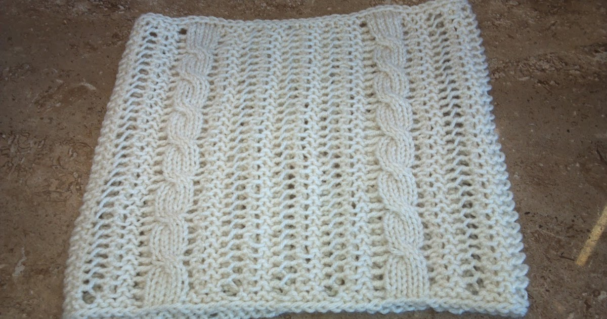 Kriskrafter: Occasional Cable Cowl - FREE Knitting Pattern!