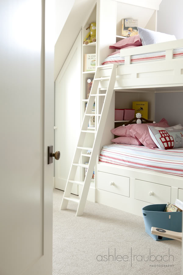 Hollywood Cape Cod Built In Bunk Beds