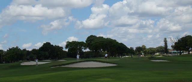 En los campos de golf