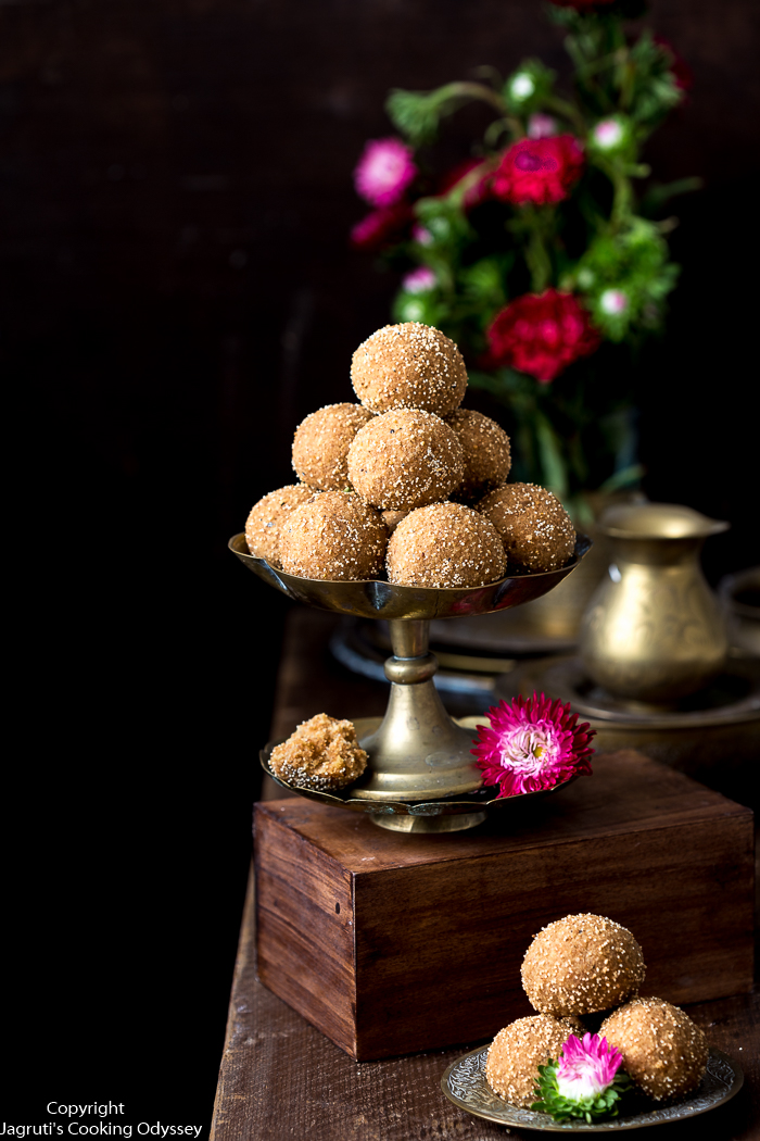 15 ladoo served in brass plate