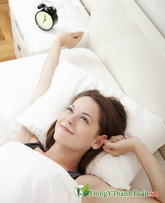 Phòng bệnh nóng trong bằng cách ngủ sớm và đúng giờ