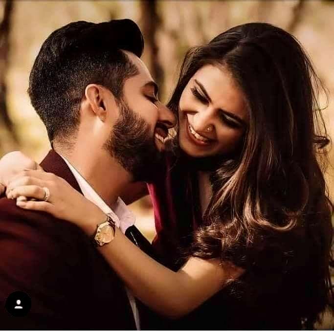 Cute Couple DP for Facebook