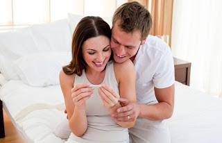Kapan Waktu Yang Tepat Untuk Mengumumkan Kehamilan Anda?
