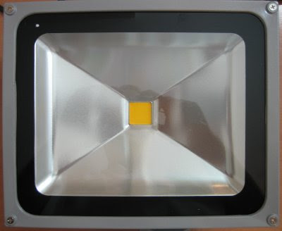http://bombillasdebajoconsumo.blogspot.com.es/2019/01/foco-proyector-led-sailun-50w-4000-lm.html