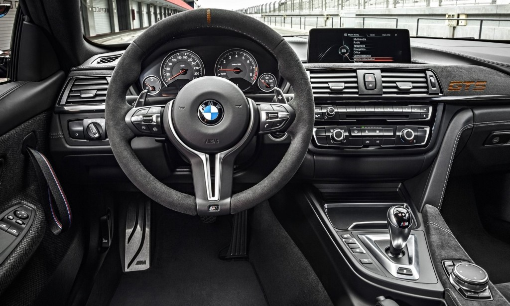 m4int Με τη Μ4 GTS, η BMW πέταξε το γάντι στη Giulia