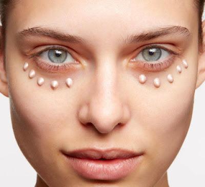 Camoflauge + treatment for dark cirles around eyes