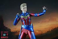 SH Figuarts Captain Marvel (Avengers Endgame) 21