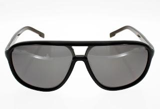 8ab37e251a50ad Lunettes de Soleil LACOSTE   UNCONVENTIONAL CHIC. Venez Découvrir les  dernières lunettes Lacoste à prix malins