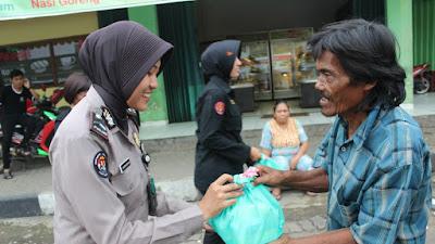 Peduli dan Berbagi, Polda Banten Terus Lakukan Program Jumat Barokah