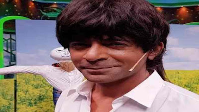 Sunil Grover Imitates of Shah Rukh Khan in Gangs of Filmistan