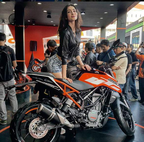 New-KTM-Duke-250-2017-Indonesia
