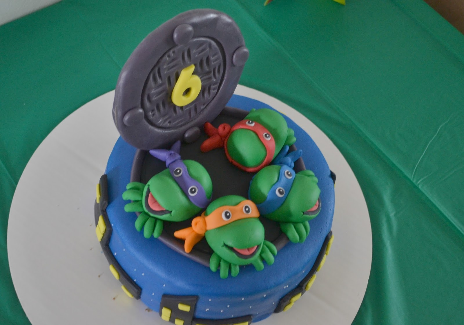 how to make a turtle birthday cake