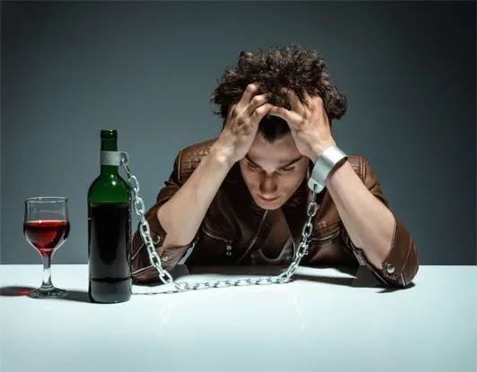 Holiday spirits ... the ups and downs of social drinking