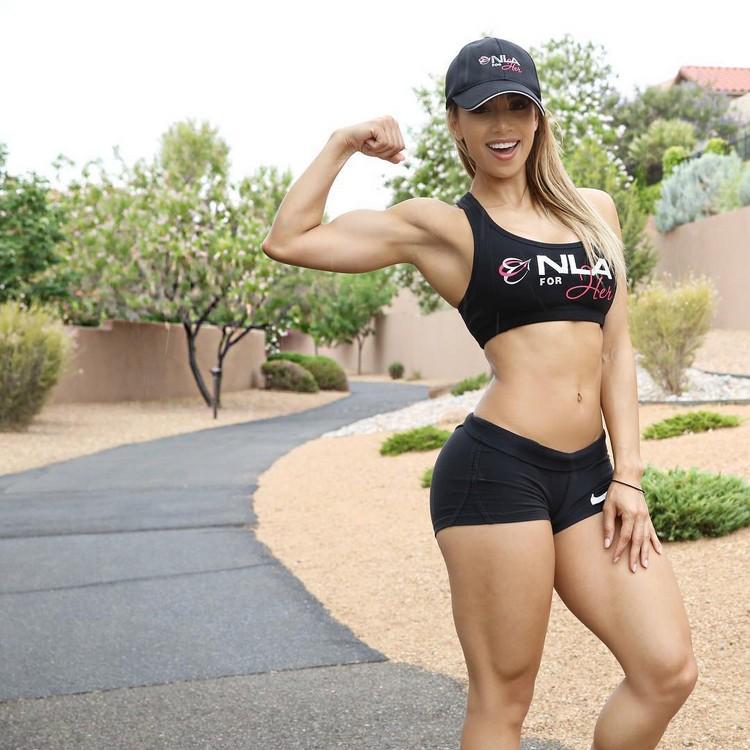 Lais Deleon A goddess to fitness