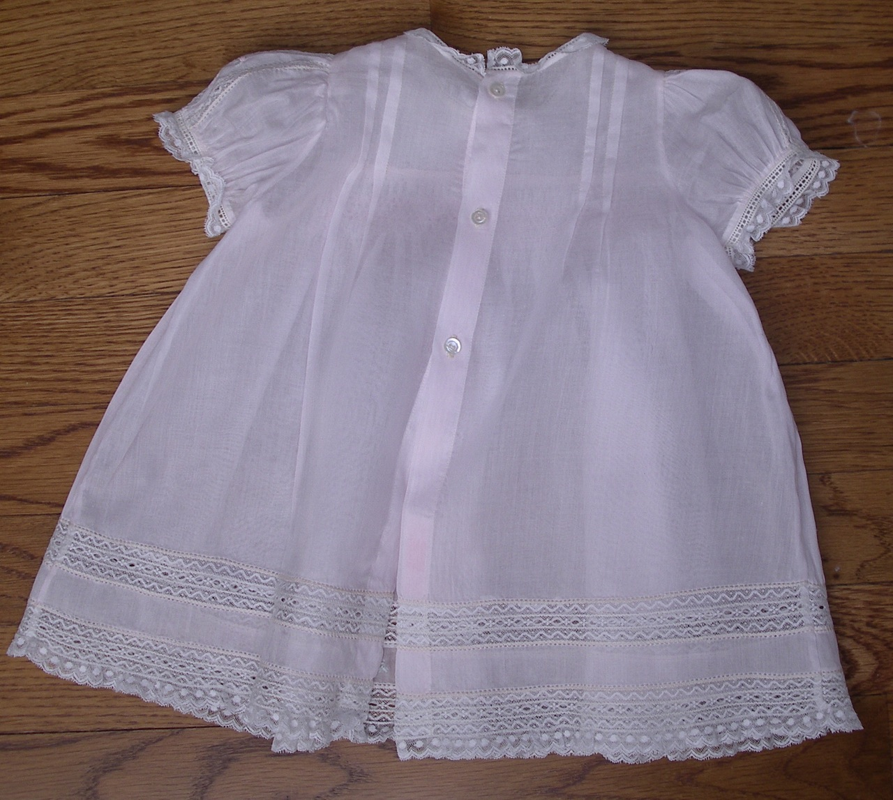 The Old Fashioned Baby Sewing Room Quot Emma S Smocked Baby