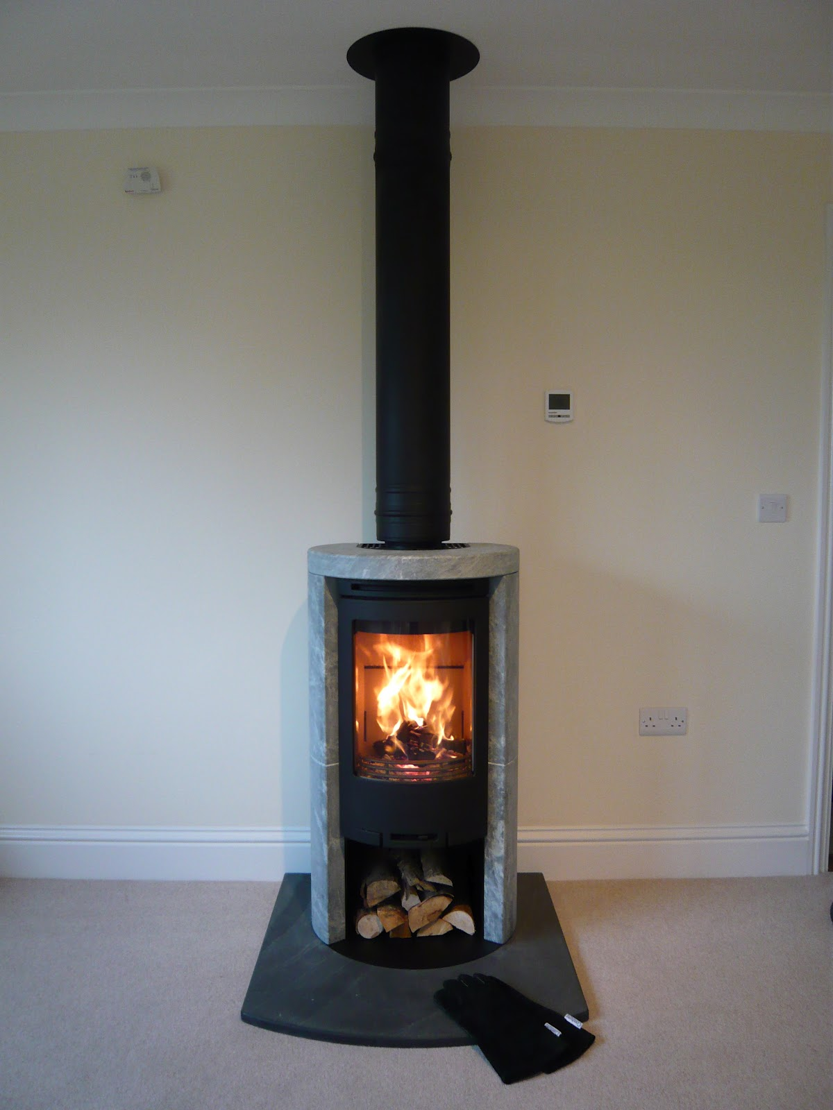 Redwood Stoves Ltd Cornwall Contura 520t Soapstone