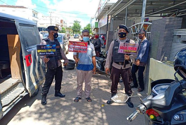 Polsek Ketapang Dalam Penegakkan Prokes Melalui Patroli Yustisi