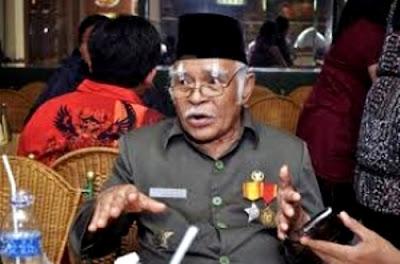 "Veteran Ilyas Karim : Assalamualaikum 5 Kali Tidak Disahut, ""Selamat Pagi"" Baru Dijawab Jokowi"