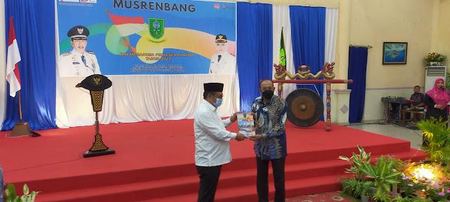 Dihadiri Ketua DPRD Natuna, Bupati Natuna Membuka Musrenbang Dalam Rangka Penyusunan RKPD Tahun 2022
