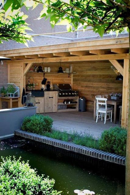 bucatarie de vara, terasa lemn, pavilion de vara, acoperis lemn, gradina lemn