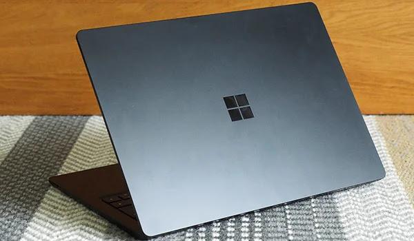 إشاعات حول صدور جهاز Microsoft Surface Laptop 4 بتكوينات intel و AMD